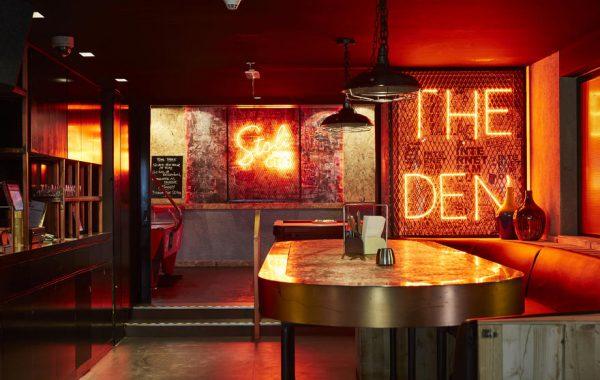 Hoxton Bar & Urban Eatery